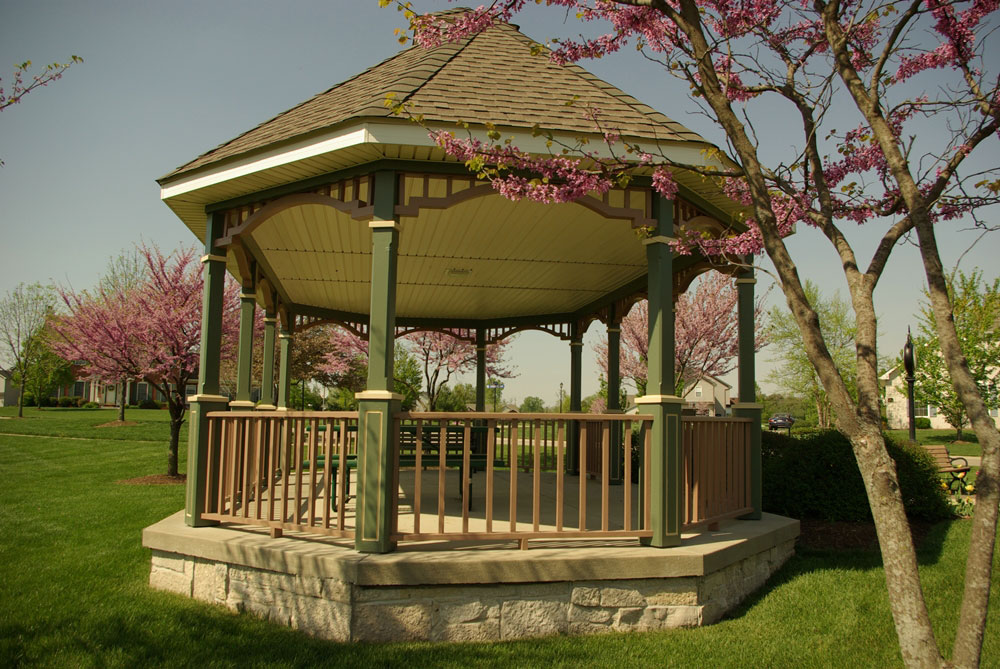 knolls-gazebo-back-view-00